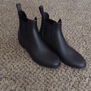 Merona Black Vinyl Size 9 Boots